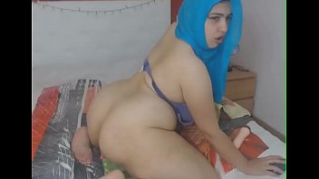 Arab girl live webcam - SCORTX.COM