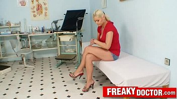 Bold face latex Hot blonde alexa bold misused by dirty gyno doctor