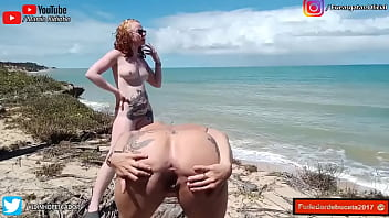 reveion 2020 braided with two cats on top of a poop on the beach - ELIANE FURACAO E LORRANY EXOTICA