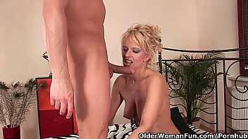 Sultry senior lady works his hard cock