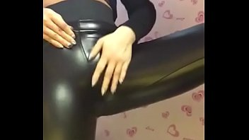 皮裤女教主 sexy leggings latex bigass spandex