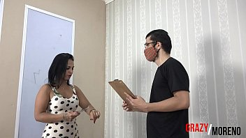 Wife does not resist and cheats on her husband with the couch deliverers.- GRAZY MORENO (FULL VIDEO ON XVIDEOS RED)