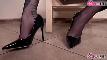 Horny italian nun takes off pantyhose and shows all 13 min