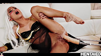 Oriental Woman double penetration by Fuck Machine with Extreme Squirting