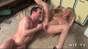 French milf gets banged