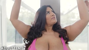 ADULT TIME Stunning BBW Sofia Rose Teases Trainer Before Hot Erotic Fuck 9 min