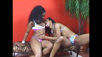 Lesbian Dime Pieces #6 - Boys are not allowed, girls only!
