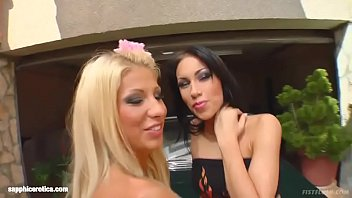 Mya D and Clara G in fisting a