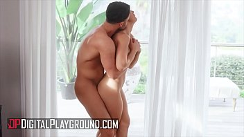 Hot Blonde (Paige Owens) Gets Her Pussy Pounded   DigitalPlayground