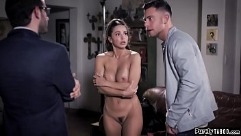 Actress c. into sex to get the part