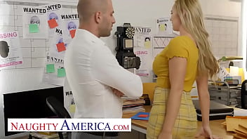 Naughty America - Paisley Porter needs a private investigator to check her PUSSY!!
