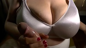 Tore her bra off xxx Handjob - heavenly wife