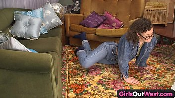 Girls Out West - Dildoed amateur hairy pussy keeps oozing thumbnail
