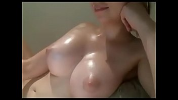 Super nice big natural tits babe on cam