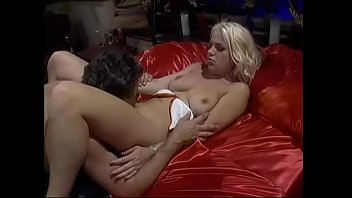 Young blonde nympho Missy Monroe was taken a turn at the bunghole with huge dong of salacious gentleman in white doublet and hose