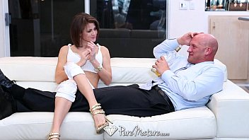 HD PureMature - Hot babe Jenni Lee fucks on the couch preview image