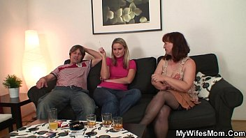Girlfriends mother in stockings sucks and rides cock Preview