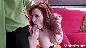 Hooter bikini girl - Kinky hooter girl shanda fay gives bj