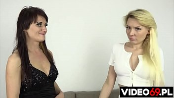 Polish porn - Lesbian having fun together