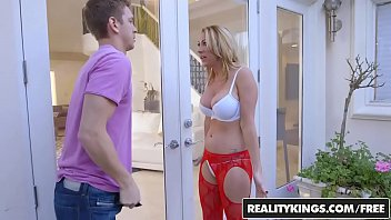 Milf hunter ava Realitykings - milf hunter - janna hicks marcus - neighboring milf