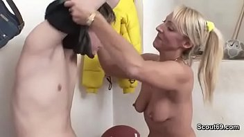 Sexy Blonde Milf Seduce Young Step Son when Father away