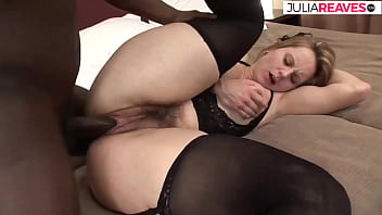 Hairy housewife fucked by Monstercock