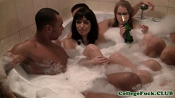 College amateurs jacuzzi fun turns into orgy