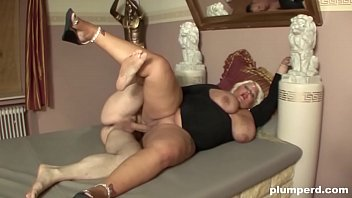 Big blonde plump fucked hardcore by a horny guy