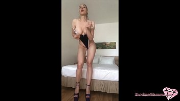 Streaming Video Busty Babe Masturbate Pussy Dildo and Orgasm - XLXX.video