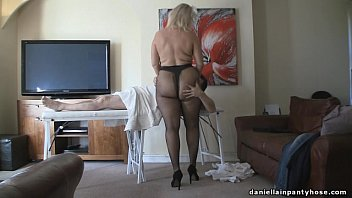 Mature women in heels and stockings - Pantyhose massage big ass woman in tights