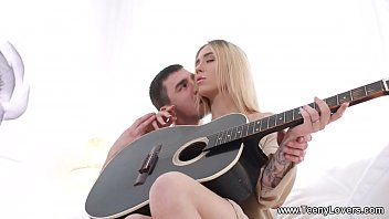 Teeny Lovers - Guitar Lesson Ends With A Fuck Ria