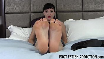 I know all about your fetish for womens feet