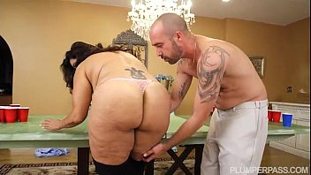 BBW MILF Sofia Rose Plays Beer Pong For Sex