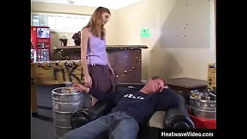 Streaming Video Typical college coed - she loves to party and sex - XLXX.video