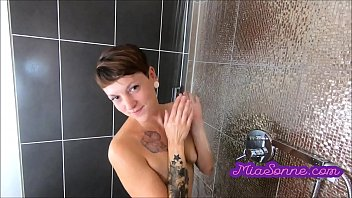 Red hair girls gets fucked - Sexy red-haired teen gets fucked in the shower