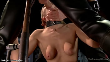 Babe fucked in threesome bdsm training
