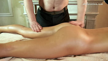 First time pussy and body massage by  a sexy masseuse 5 min