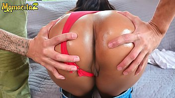MAMACITAZ - Lucky Guy Finds BIG ASS Latina Near The Road And Invites Her To Have Sex With Him - Sandra Jimenez