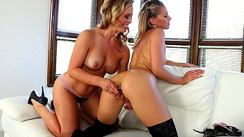 Mature trying monkey spanker video - Girls try anal - cherie deville, lena nicole
