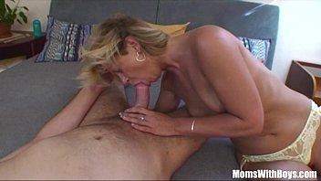 Sexie mature moms - Sexy blonde mama cum sprinkled breasts fucked
