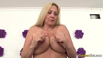 Mature woman Cala Craves shows off her pussy and asshole before fucking