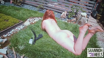 Giving the Neighbours a Show, Outdoor Squirt - Shannon Heels