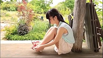 Beautiful Japanese girl very sexy, see free full HD at www.linkbabes.com/ULWZ