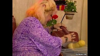 Free hairy granny fisting videos Chubby granny enjoys fisting and fucknig