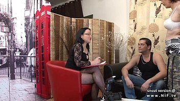 Casting couch Amateur french couple ass fucking the chubby milf with cum 2 mouth 15 min