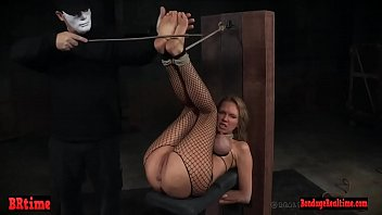 Dominated sub canned by master before pissing