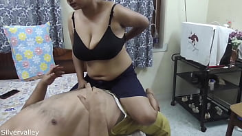 Desi unmarried sexy Mam sab sex with maid!! with clear hindi audio!