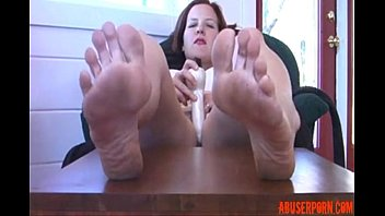 Mom Rough Feet & Toy: Free Mature Porn Video d0xHamster  - abuserporn.com