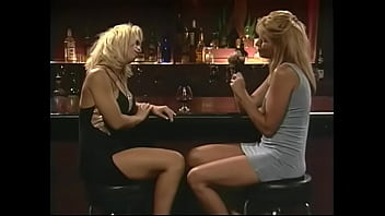 Guy pulls his pants down and gets a great blow job from sexy blonde Dolly Golden
