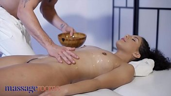 Massage Rooms Petite Liv Revamped Gets Romantic Creampie After Oily Footjob